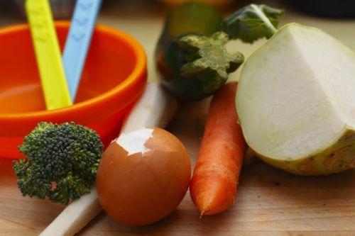 Zeleninový príkrm so žĺtkom (4)