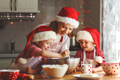Vybláznite sa s deťmi pri zdravom vianočnom pečení
