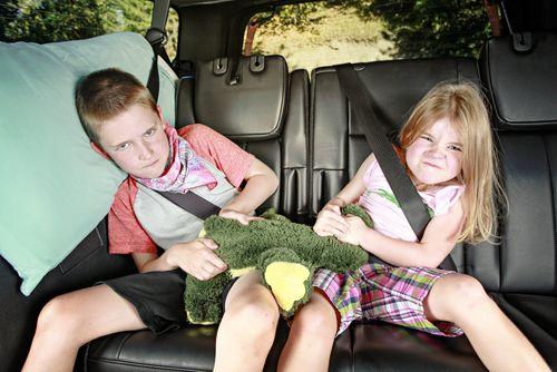 S deťmi na cestách. Čo si zobrať do auta