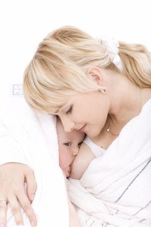 Čím pomôcť dojčeniu?