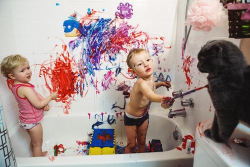 """Počas """"korony"""" sa rodičia viac schovávajú na záchode"""