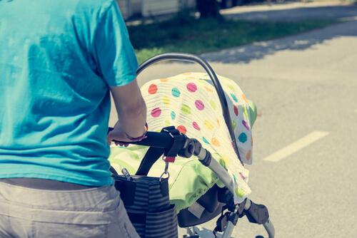 Rodičia, pozor: koľko stupňov je v zakrytom kočíku?