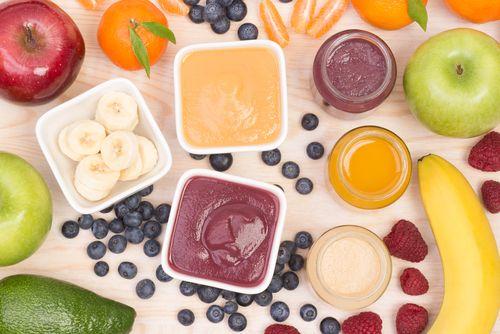 Letné ovocné kaše pre bábätká od 6 mesiacov (recepty)