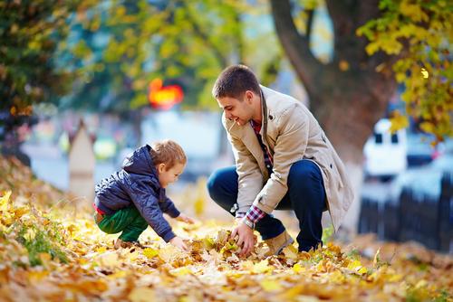 Prečo múdri rodičia chodia s deťmi von, keď je chladnejšie?