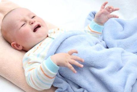 Reflux, alebo Prečo bábätko grcká?