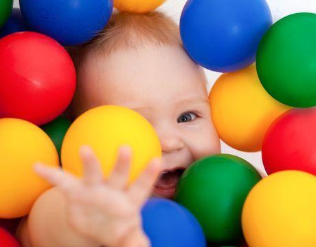 10 tipov, ako sa hrať s ročným dieťaťom