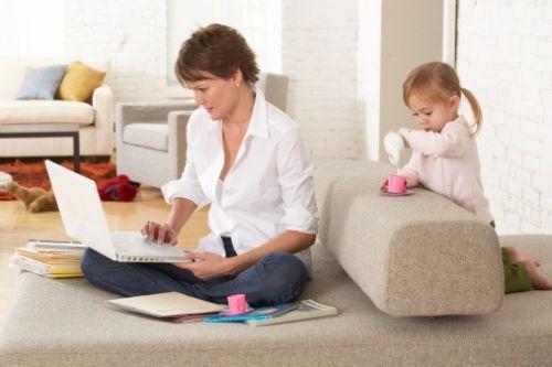 Pracujúci rodičia dostanú viac peňazí na dieťa