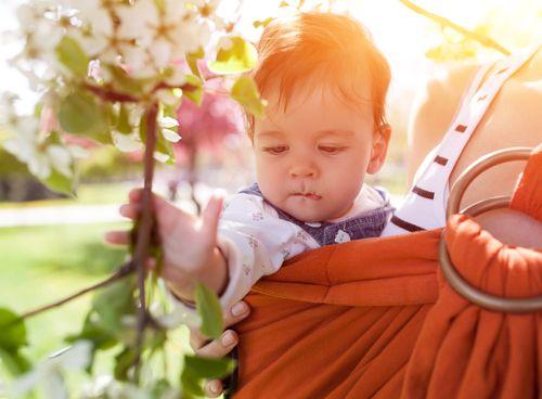 9 tipov pre letné nosenie dieťatka v šatke