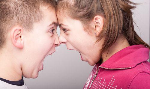 Vaše deti sa bijú a hádajú? Zamestnajte ich!