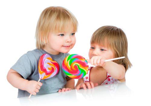 Ako vysvetliť deťom, prečo nejesť sladkosti