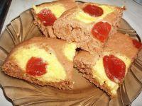 Tvarohovo – slivkový hrnčekový koláč