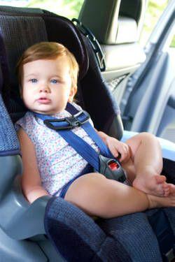 Špeciálna autosedačka pre telesne postihnuté dieťa