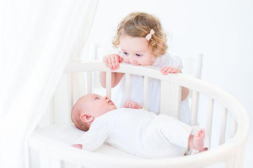 Ako uspať dve deti naraz