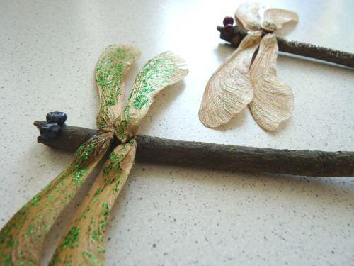 Tvoríme s deťmi: Vážka z prírodnín