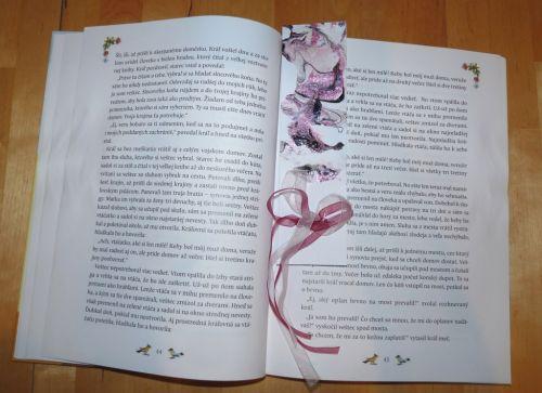 Mramorová záložka do knižky